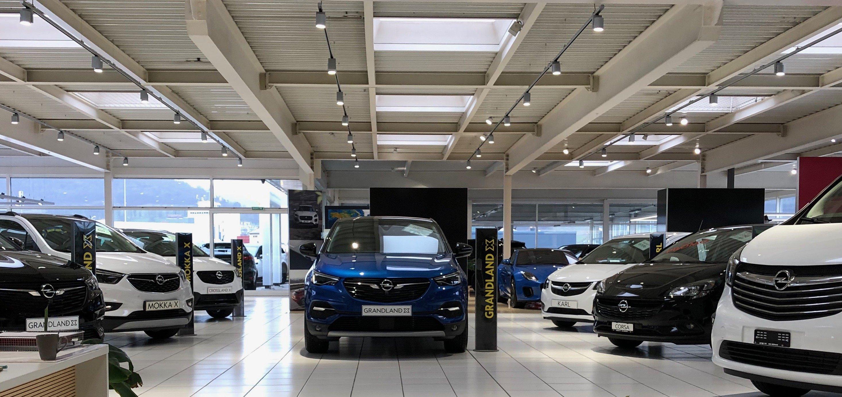 Questions en relation avec la vente de véhicules neuves ou d'occasions